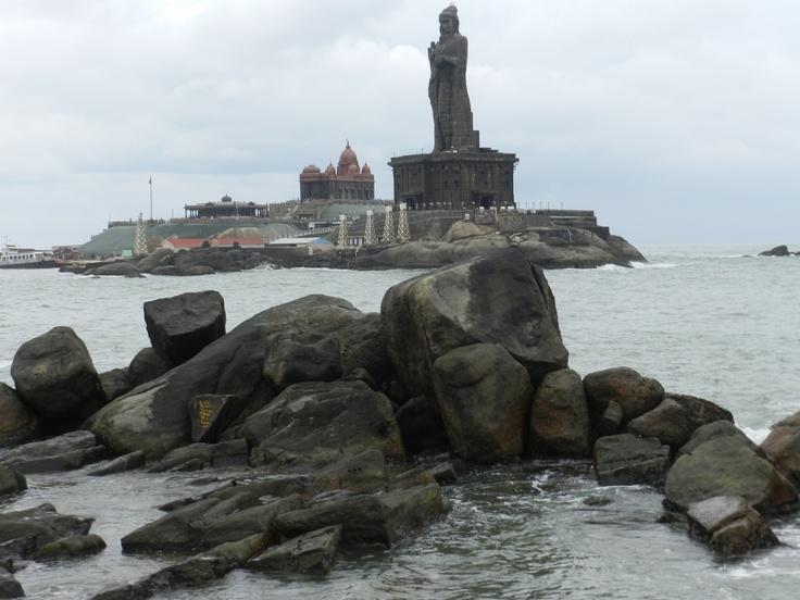 water of arabian sea indian ocean and bay bengal meet at the flag