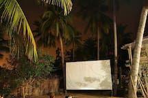 Other in tp. Phan Thiết, Vietnam. У нас всего 7 уютных номеров. На территории расположен открытый спортзал, кинотеатр под открытым небом.  Небольшое кафе для наших постояльцев. Вы можете полностью на нас положиться, от начала и до конца Вашего путешествия: визовая поддержка, транс...