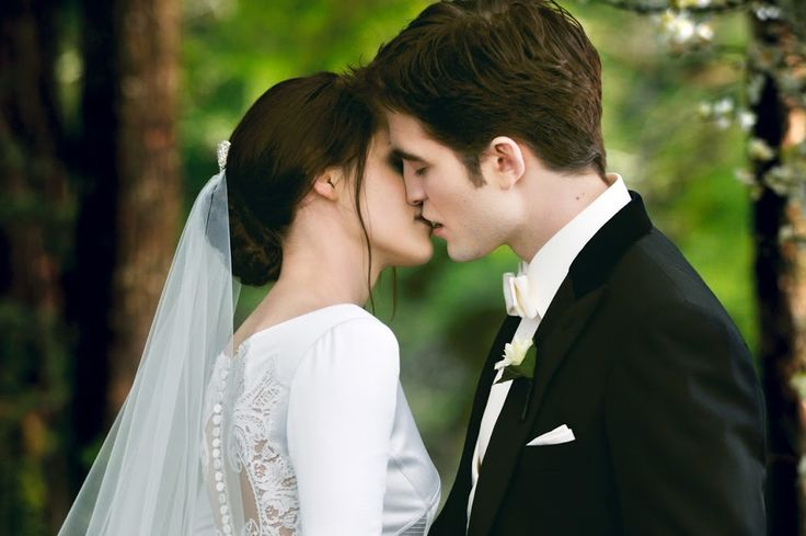 Robsten Dreams: Beautiful...New / Old 'Breaking Dawn Part 1 & 2' Stills