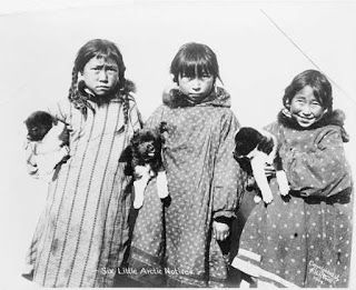 eskimo essay life see them we yupik Eskimo words for snow  and how do we ensure we're drawing them the same in the languages being  it's only fair to see how many snow-words we can find in.