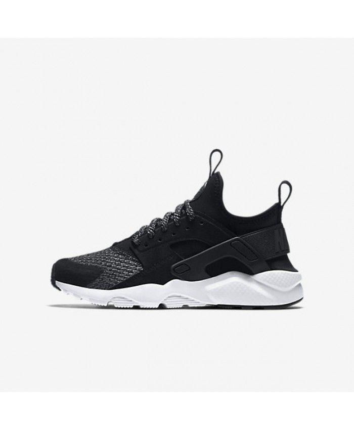 Chaussure Nike Huarache Run Ultra SE Noir Anthracite Gris Froid Noir