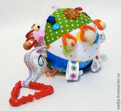 """Развивающие игрушки ручной работы. Ярмарка Мастеров - ручная работа Погремушка """"Шар"""". Handmade."""