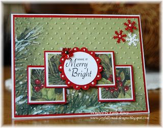 Great design - the four square topped with a scalloped circle feels fresh, yet classic. #cards #card_making #scrapbooking #Christmas
