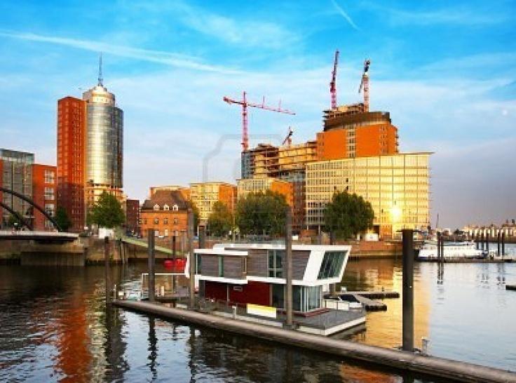 59 best floating homes images on pinterest floating house houseboats and boat house. Black Bedroom Furniture Sets. Home Design Ideas