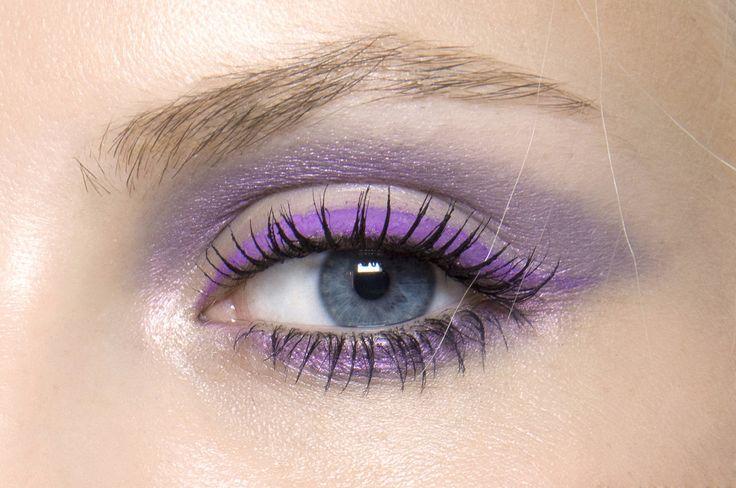 Makeup at Versace RTW S/S 2010 lilac @jacintachiang