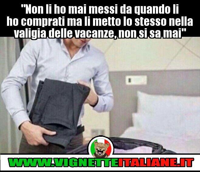 """""""Non li ho mai messi da quando li ho comprati ma li metto lo stesso nella valigia delle vacanze, non si sa mai."""" :D (www.VignetteItaliane.it)"""