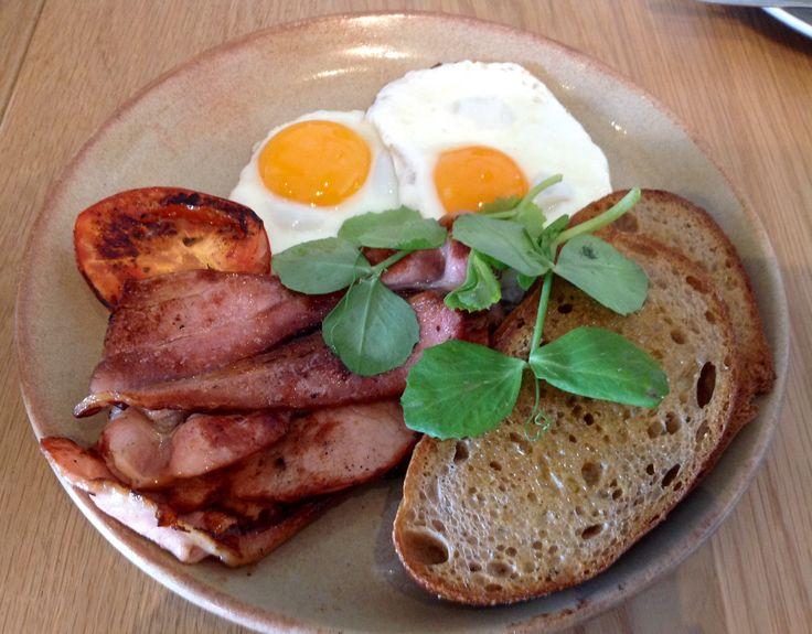 Deluca @ Botany for breakfast.