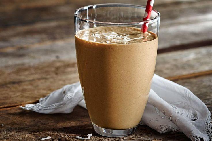 Découvrez la recette du café latte frappé au Thermomix (TM5 ou TM31) : Une boisson rafraîchissante et très gourmande qui plaît à tous les coups !