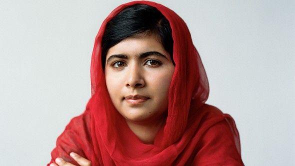 A paquistanesa Malala Yousafzai, de 18 anos, ganhou atenção na mídia depois de ter sido vítima de um tiroteio do grupo extremista em 9 de outubro de 2012, saindo da escola. Desde então a jovem é mundialmente conhecida como forte ativista feminista e teve uma grande conquista recentemente: recebeu o Prêmio Nobel da Paz!