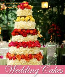 This site has some of the most BEAUTIFUL cakes I've ever seen, I couldn't just pick one! #carriescakes #weddingcake