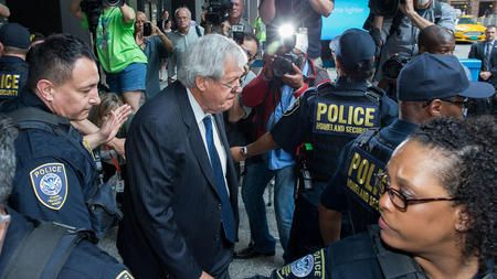Dennis Hastert deserves prison time, not probation - Chicago Tribune Editorial