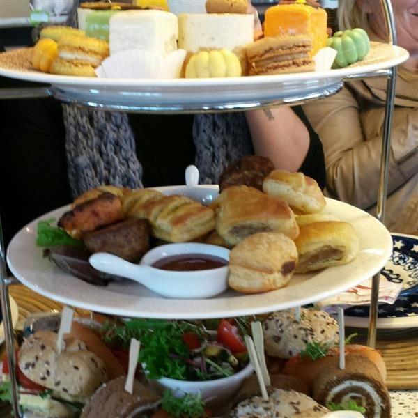i love high tea! by  Denise van Delft