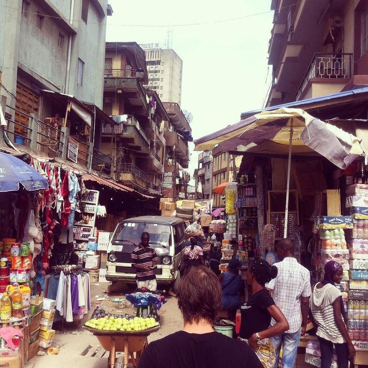 In the biggest Market in West Africa #balogunmarket #nigeria by horatiut