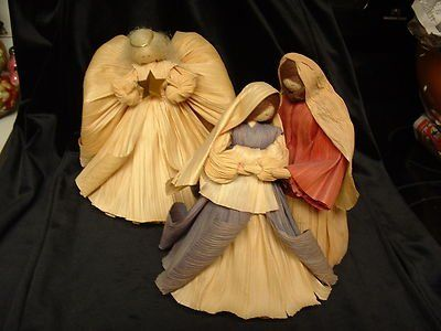 corn husk nativity