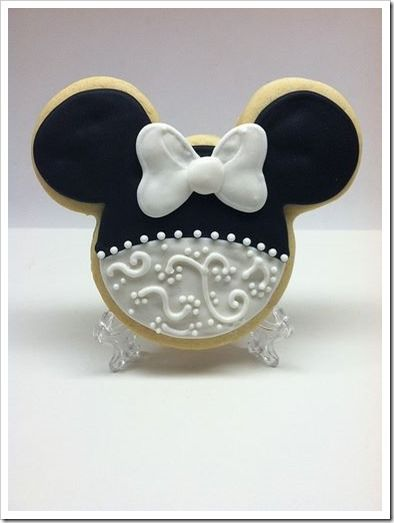 Gorgeous Minnie Mouse Wedding Cookie made by Cheers To Cookies