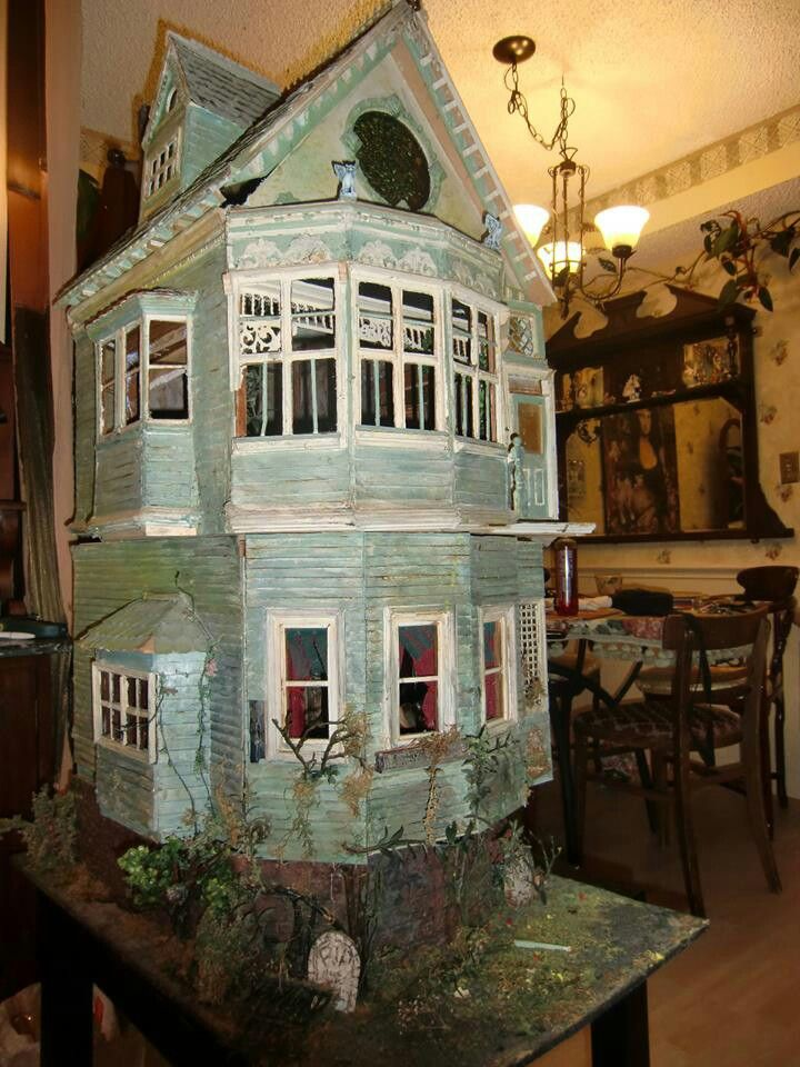 Victorian haunted house ideas
