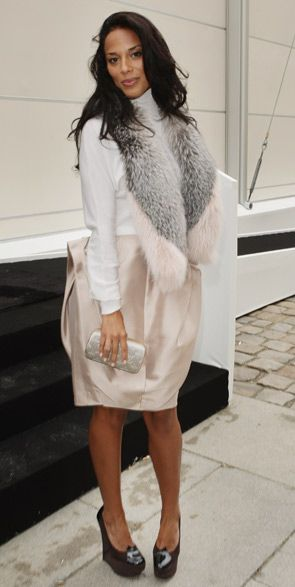 Amanda Sudano - 1st time Louis Vuitton has used a sole black model in one of their ads. the choice of model is because Vuitton's shoe designer, Fabrizio Viti, is a huge fan of her mother, who is none other than disco diva Donna Summer.