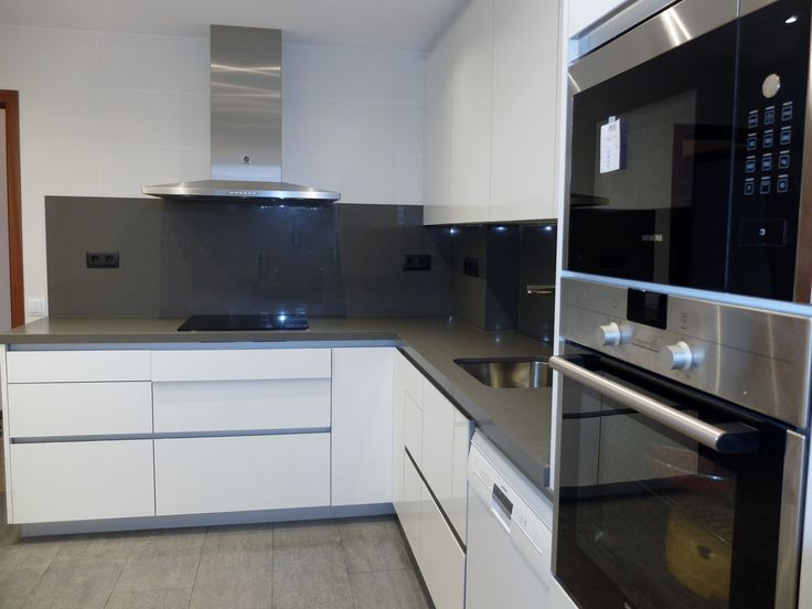M s de 25 ideas incre bles sobre cocinas grises en - Cocinas en ele pequenas ...