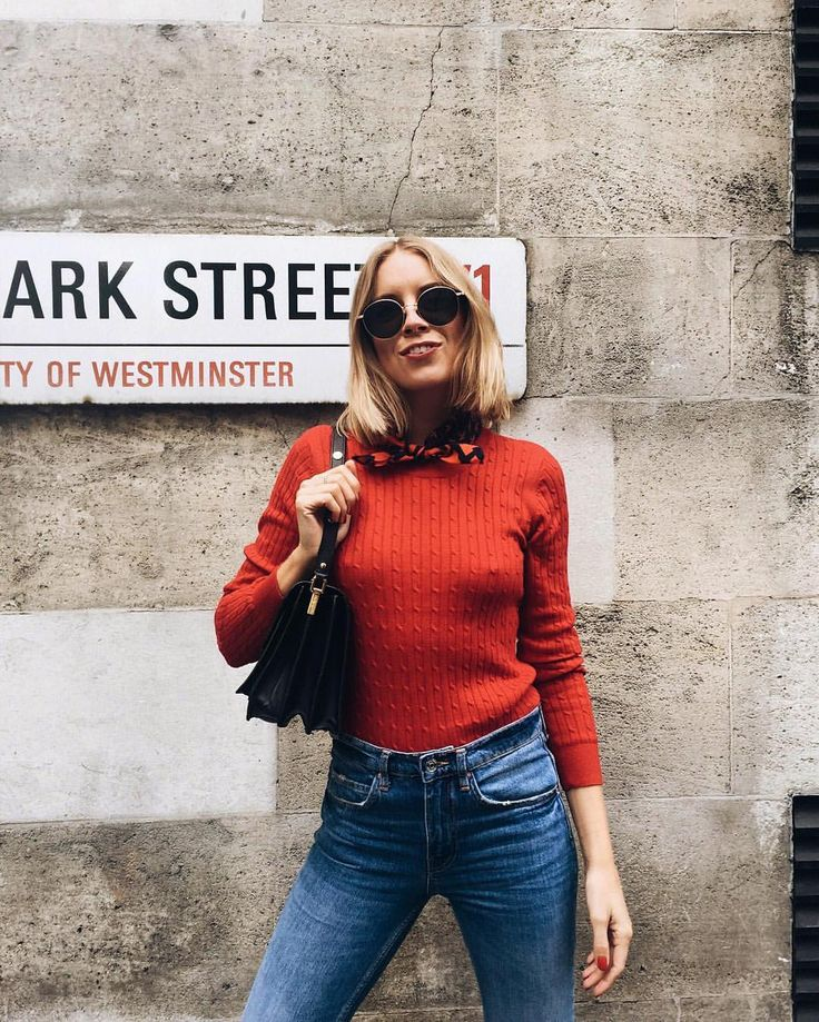 "Hanna Stefansson på Instagram: ""I ❤️ London #guidedbystyle top, jeans and scarf…"