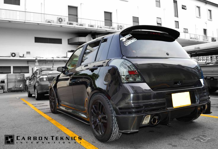 July 2014, Full carbon swift sports with TM style carbon fenders, CS style carbon hood and many other parts. Picture 04