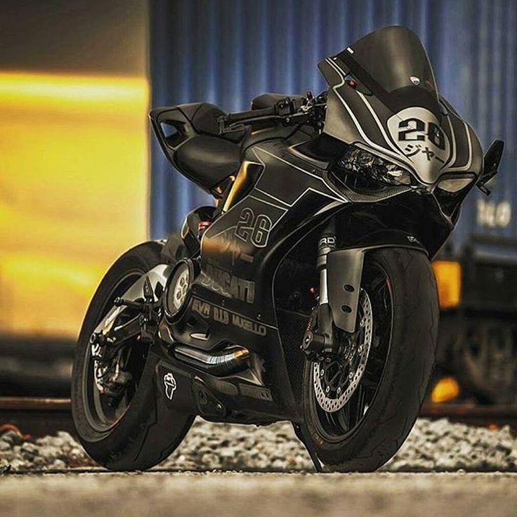 Nice!!! #Motorcycle #motorbike #bike #amazingbikes