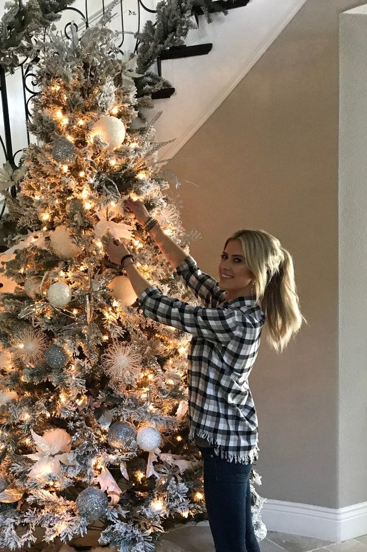 Christina El Moussa's Top 10 Holiday Decorating Tips