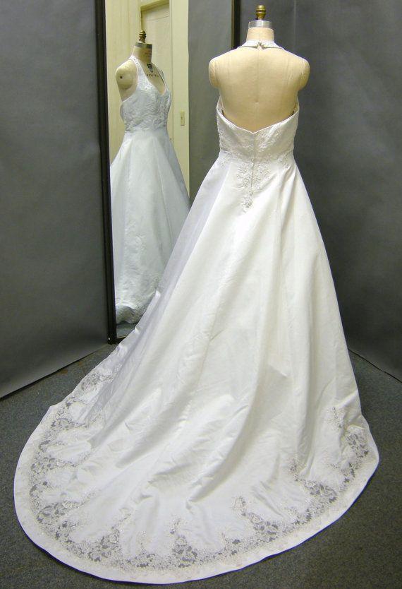 de plus taille halter white satin robe de mari e par