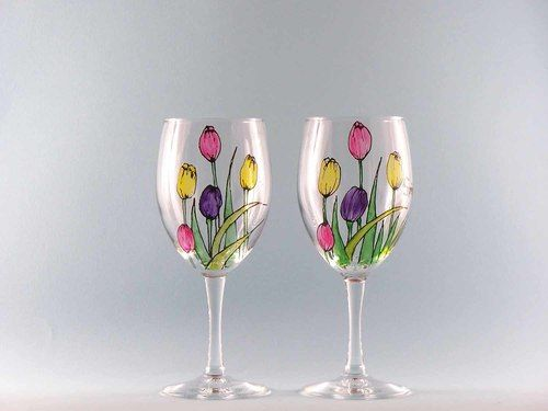 Hand Painted Spring Wine Glasses with Beautiful Tulips in pastel colors. Set of two 11 oz. hand painted tulip wine glasses. Dishwasher safe, personalized free.