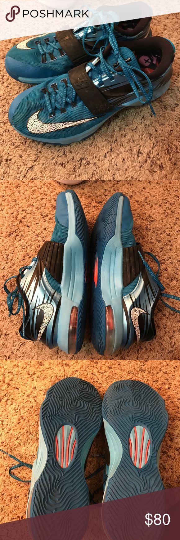 KD basketball shoes men size 9.5/ women's 11 Fairly worn, Nike soles are switched out for more supportive ones Nike Shoes Sneakers