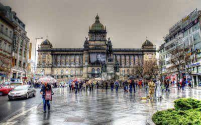 Scarica sfondi piazza venceslao, praga, museo nazionale, giornata di pioggia, repubblica ceca