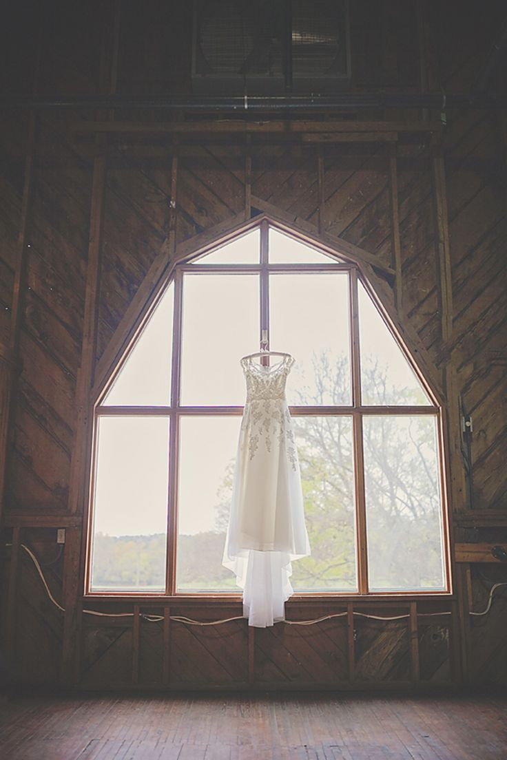 The Dairy Barn | Fort Mill, SC | Rustic Wedding | Wedding Dress | Autumn Wedding
