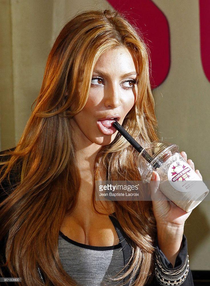 Kim Kardashian visits Millions of Milkshakes on August 29, 2009 in Los Angeles, California.