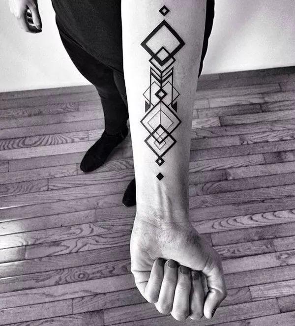 geometric tattoo designs (26)   tatuajes | Spanish tatuajes  |tatuajes para mujeres | tatuajes para hombres  | diseños de tatuajes http://amzn.to/28PQlav