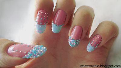 kolorowy french, różowo-niebieskie paznokcie z kawiorem #werterownia