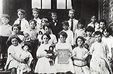 school class from the Penrith Public School, NSW 1920s