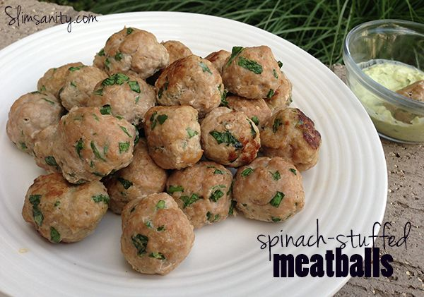 Turkey Spinach Meatballs | slimsanity.com