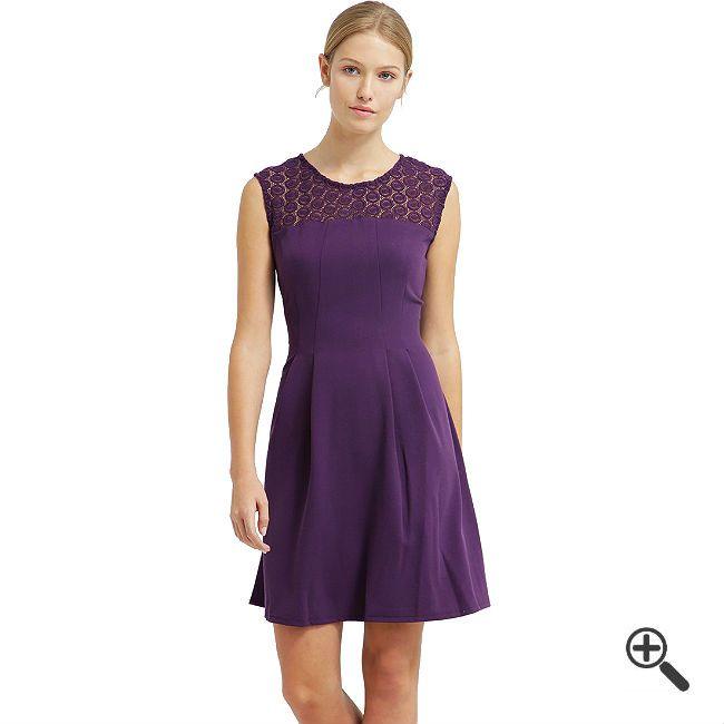 LilaCocktailkleidkombinieren + 3LilaOutfits für Joana: http://www.fancybeast.de/lila-cocktailkleid-kurz/ #Lila #Cocktailkleider #Kleider #Outfit #Dress #Purble LilaCocktailkleid Kurz