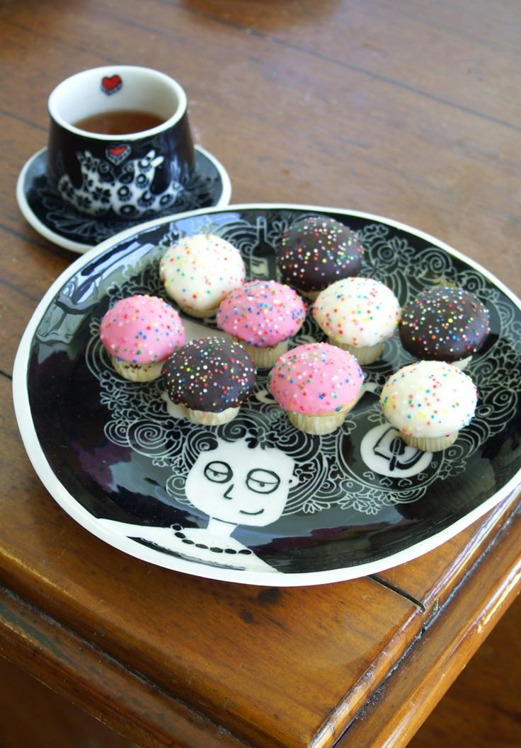 Cake Plate by Belin www.belindastanton.com