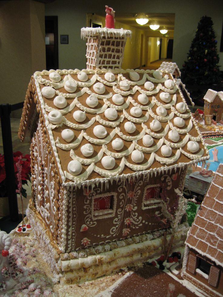 166 Best Gingerbread Houses Images On Pinterest Petit