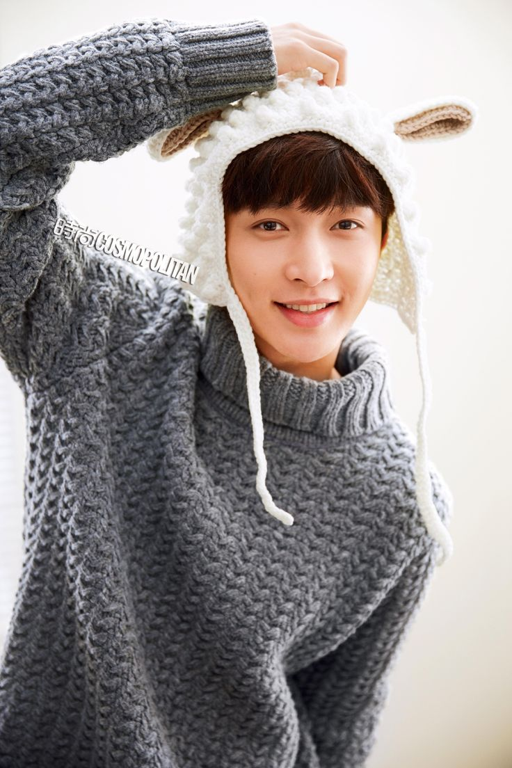 EXO's Lay is turning heads with a recent pictorial he modeled for with  Cosmopolitan