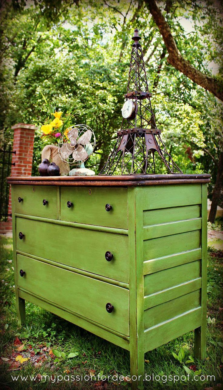 Stunning dresser re-do! That green! I am in love!