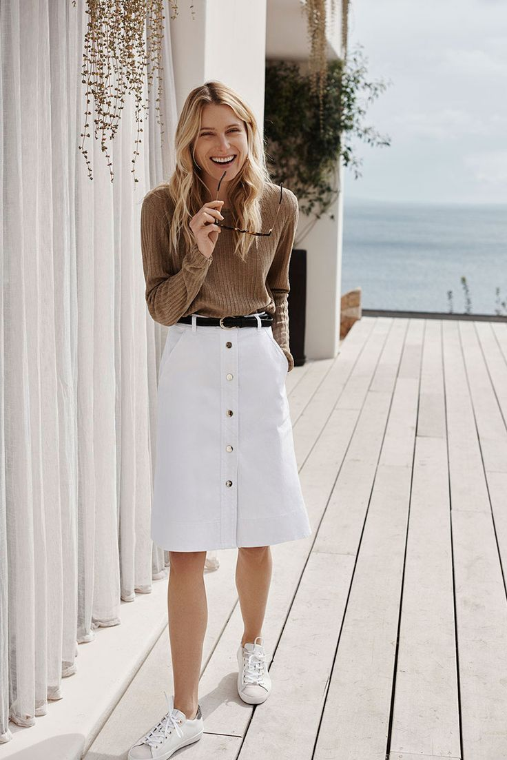 Dree Hemingway for Massimo Dutti Travel Limited Collection