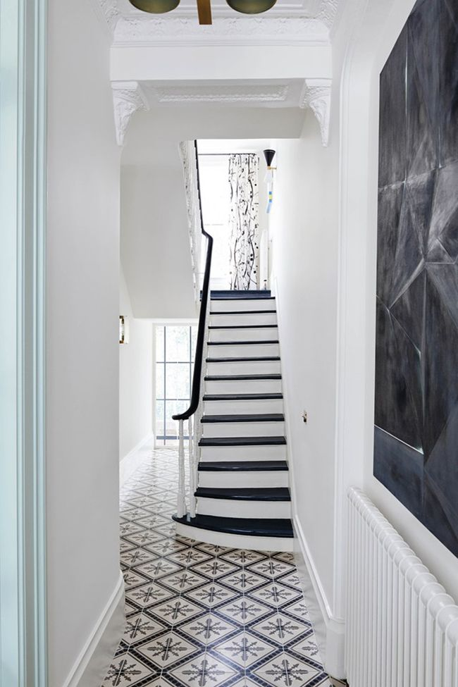 Step Inside A Bold and Refined Notting Hill Townhouse