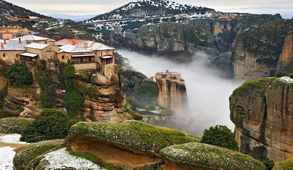 Meteora, Greece http://www.myathenstransfers.com/tours/meteora/