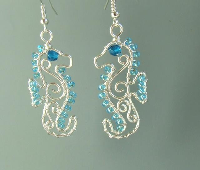 195 best Wire: earrings images on Pinterest | Ear studs, Necklaces ...