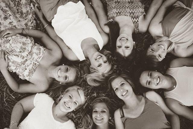 www.leonie-loewenherz.com | FRIENDSHIP || photoshoot with my girlfriends in summer || Fotoshooting mit meinen Mädels im Sommer