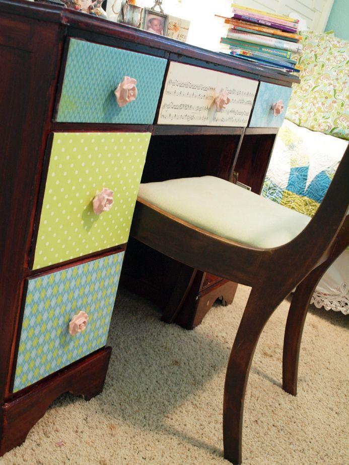 Decoupaged Desk by Jessica Ramey at DIY Studio.  http://diystudio.net/2011/08/decoupaged-desk/