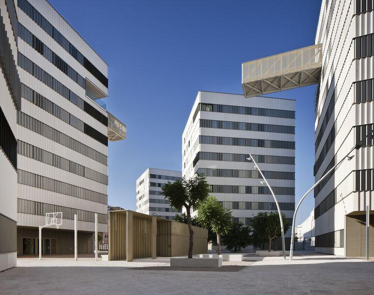 housing complex in sevilla dla arquitectos asociados