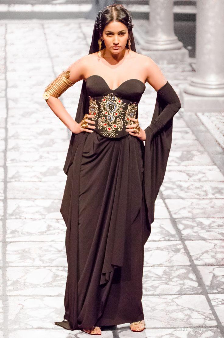 Suneet Varma Couture India Bridal Fashion Week 2013 The Golden Bracelet Sonalika Sahay