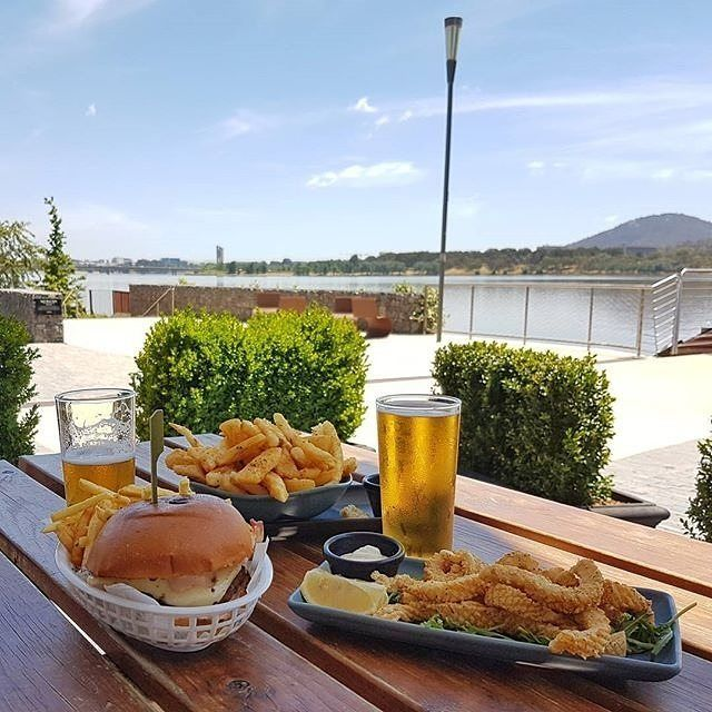 """""""Walt & Burley would have to be one of my favourite places to hang out, especially when I have the kids with me. Beautiful location, loads of space for the kids to run outside, great beers on tap and a good variety of menu options."""" Instagrammer @nadia_mccallum shared this picture-perfect snapshot of @waltandburley on Canberra's Kingston Foreshore. Where would you recommended visitors with children go for a relaxed dining experience? #visitcanberra #onegoodthingafteranother"""